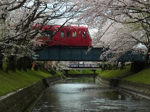 高田橋駅の北側から名鉄電車を撮影02
