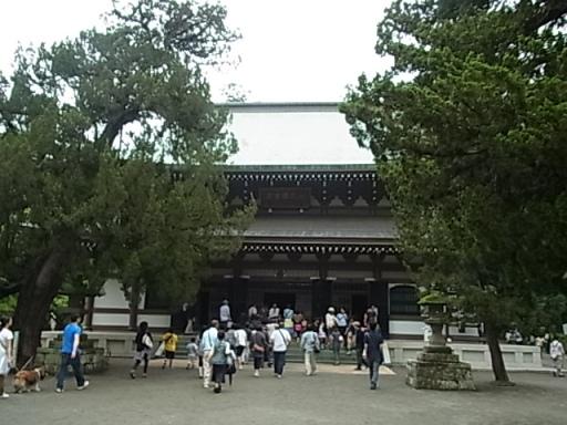 円覚寺仏殿01