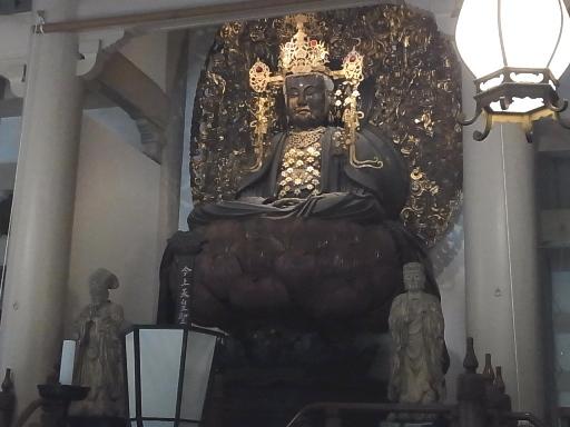円覚寺仏殿02