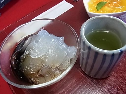 黒蜜ところてん@弁天堂茶屋