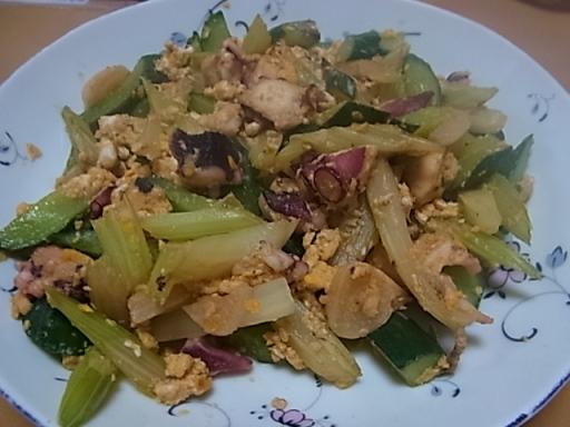 タコ・セロリ・キュウリの炒め物