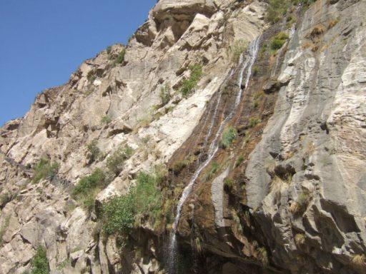 ギルギット~スカルドゥ間の滝01