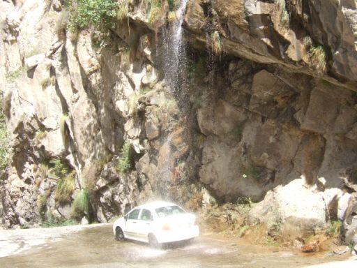 ギルギット~スカルドゥ間の滝03