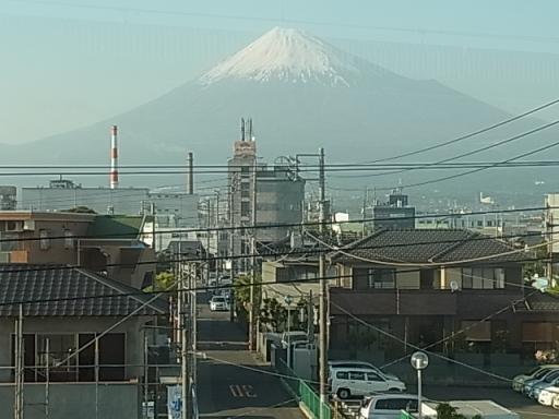 富士山01@新富士駅