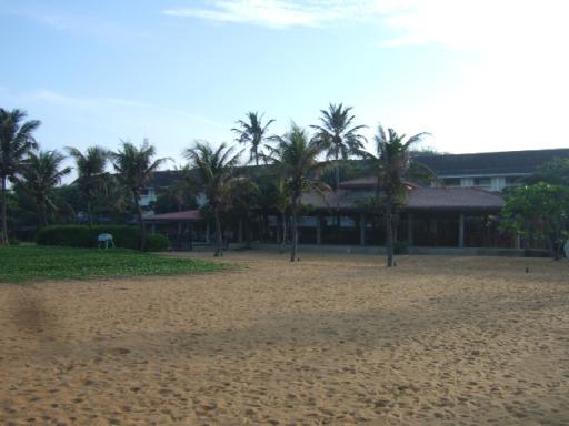 Browns Beach Hotel-01