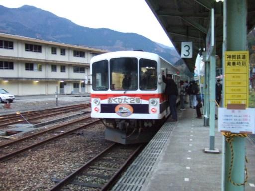 猪谷駅02